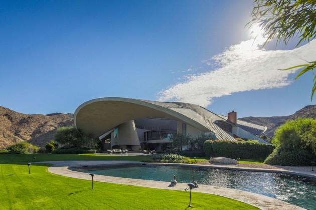 Bob Hope's Residence on the Market for 50 Million USD