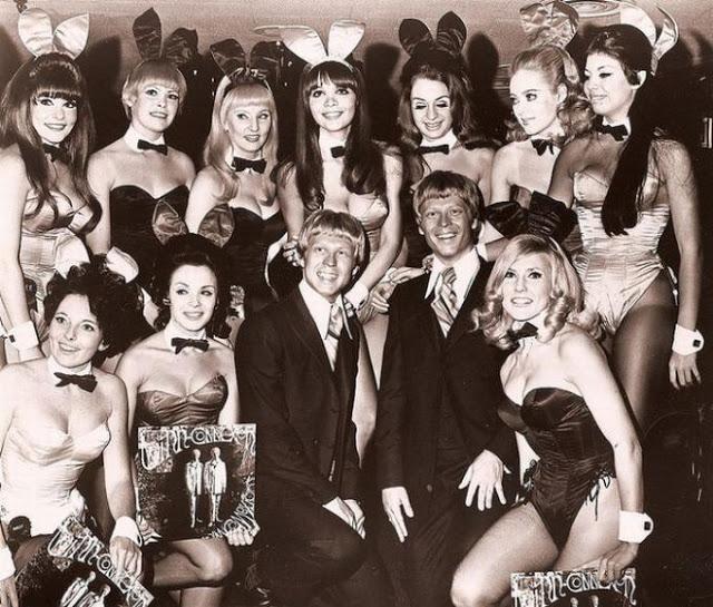 Vintage Photos of Playboy Bunnies (5)