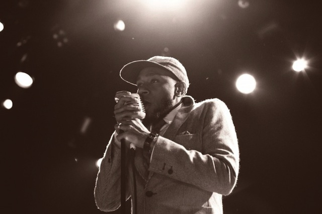 yasiin-bey-the-light-is-not-afraid-of-the-dark-produced-by-kanye-west-cdq-01